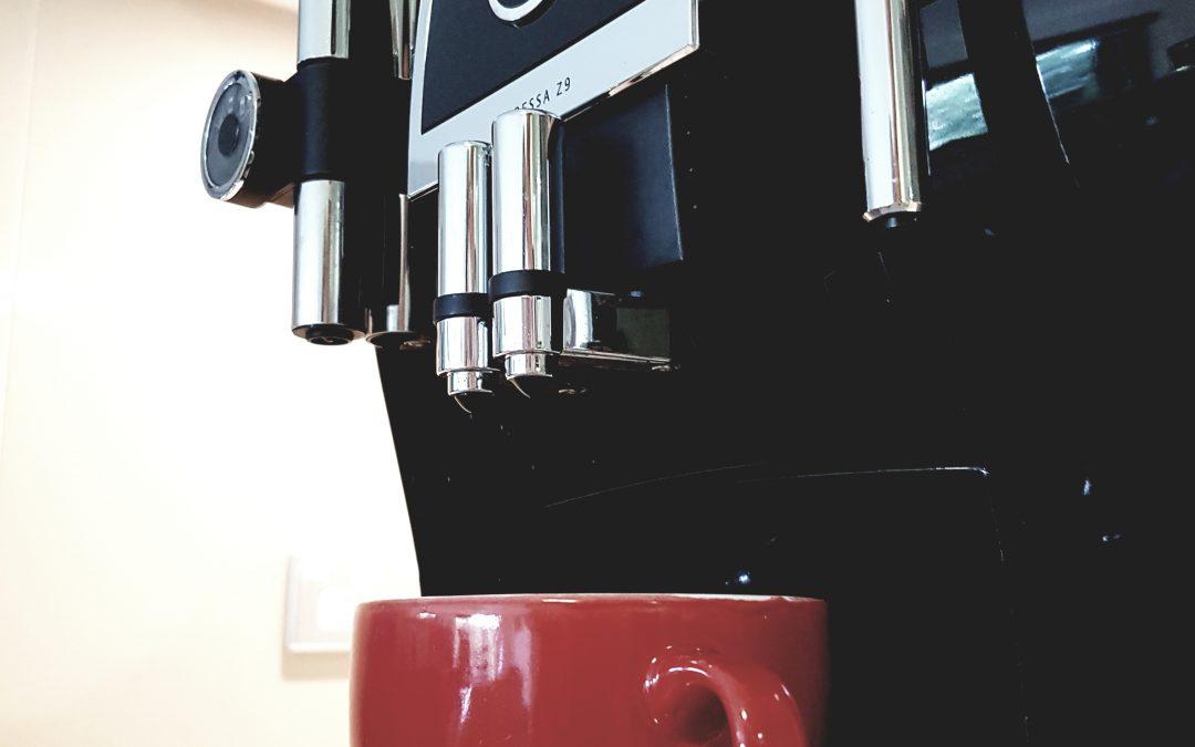 Hoe onderhoudt je het koffiezetapparaat?